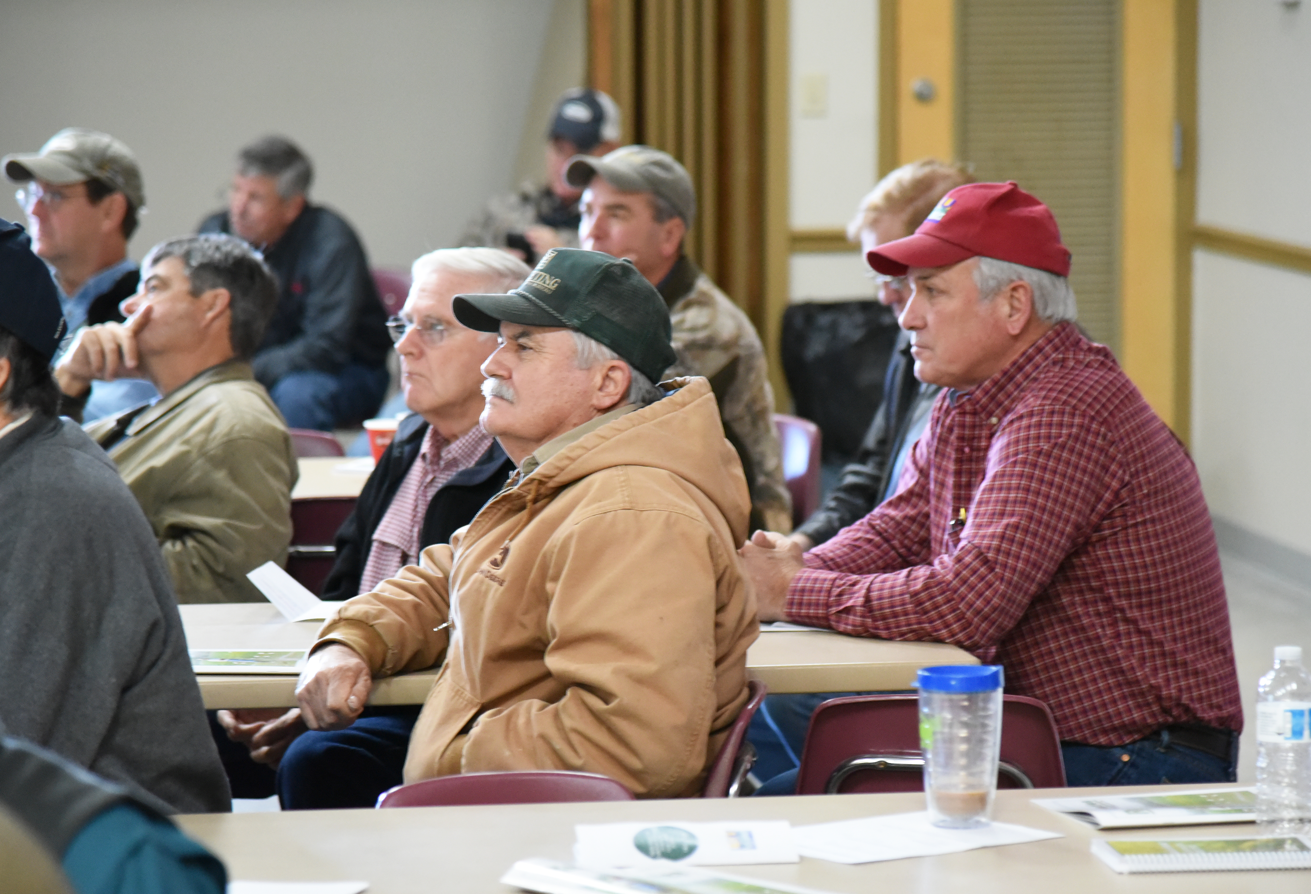 crowd at Acadia Parish meeting.jpg thumbnail