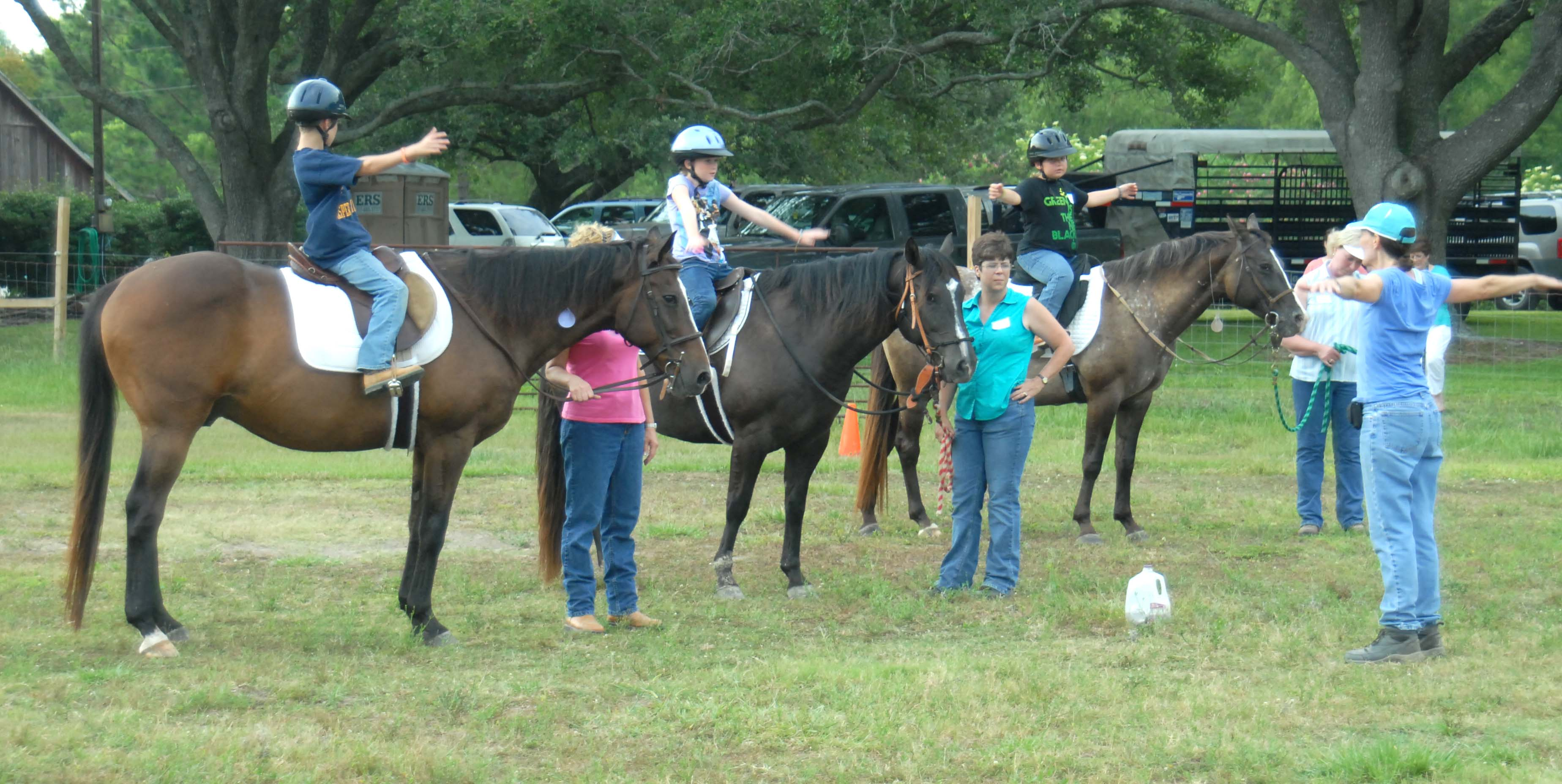 Youth learn horsemanship in 4-H class