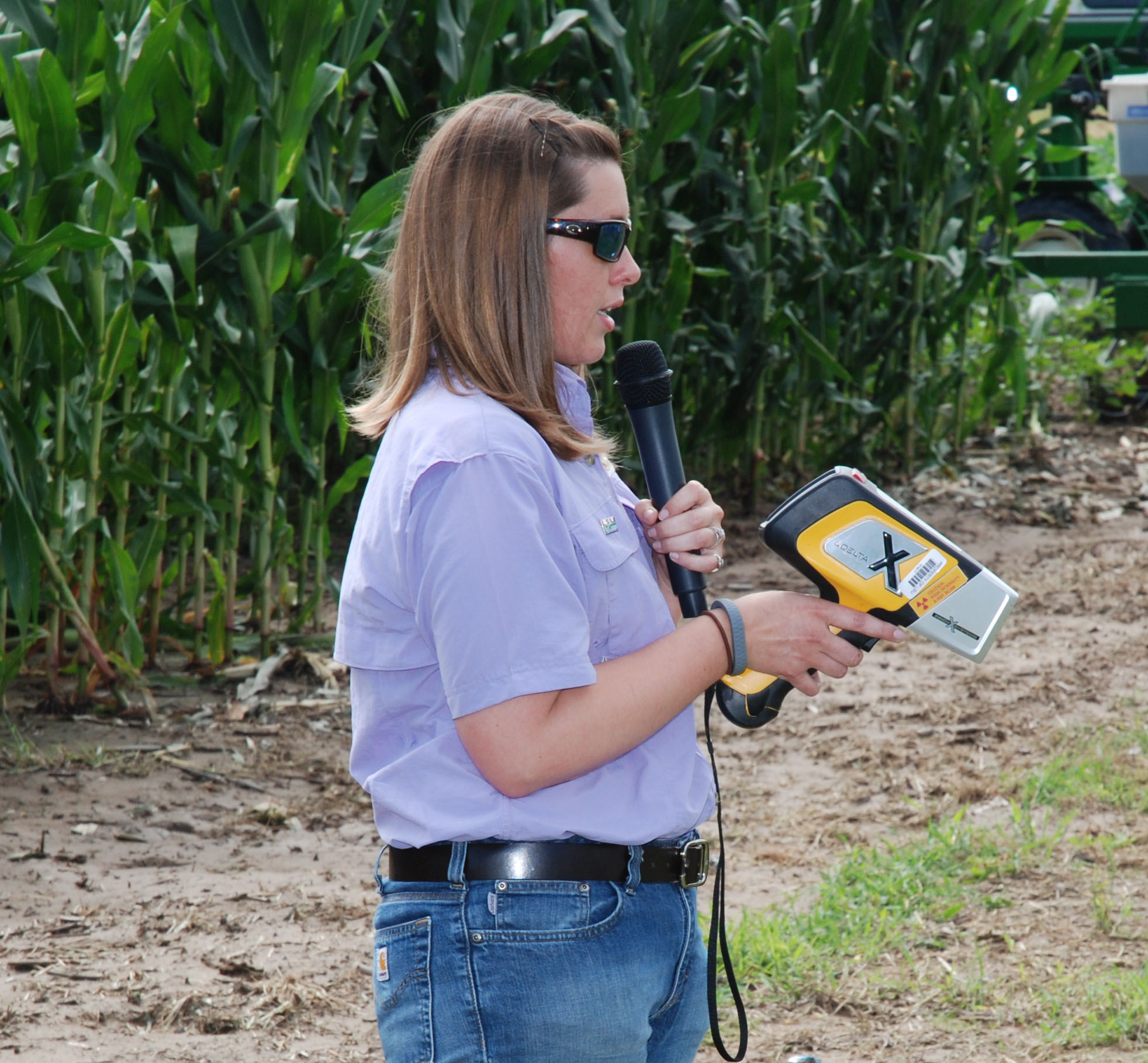 Portable technology used to evaluate soil fertility
