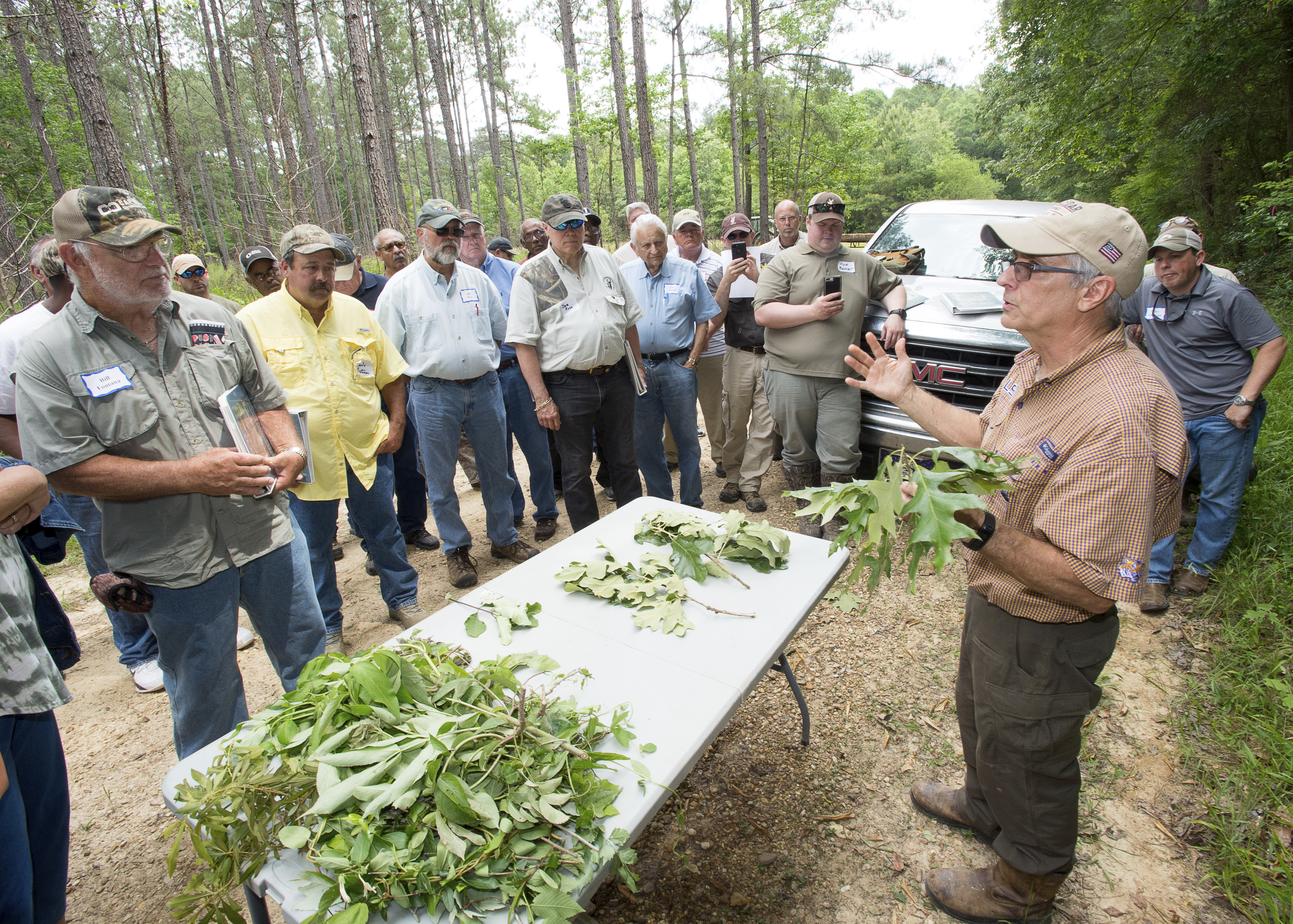 Field day features wildlife management information