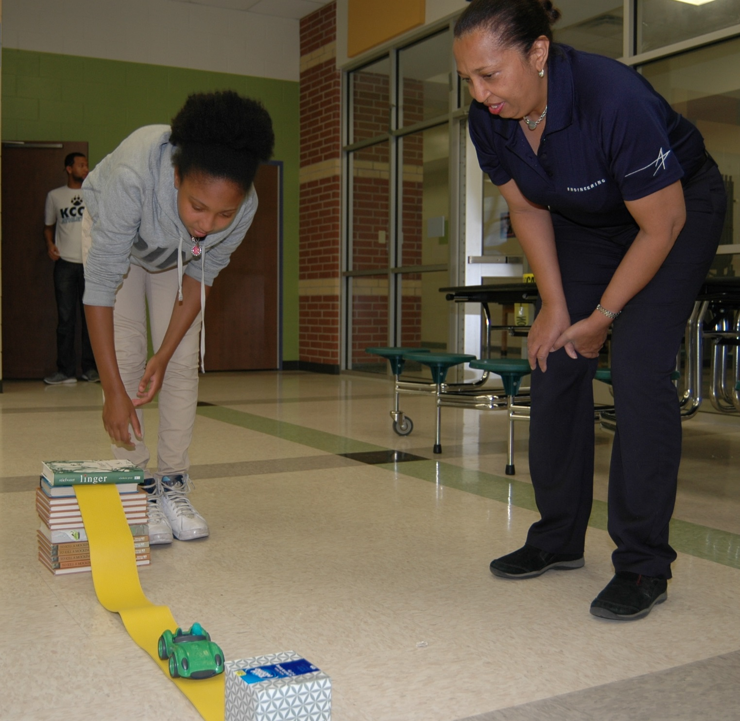 4-Hers participate in national science activity