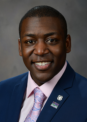 Photo of Xavier Bell