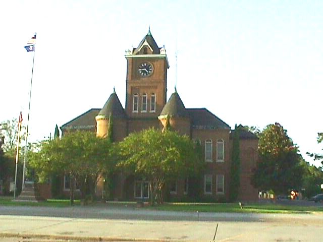 Parish Courthouse Pointe Coupee.
