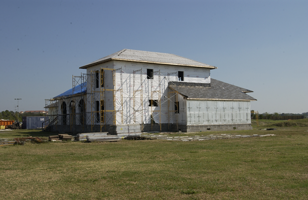 right front view of LaHouse under construction