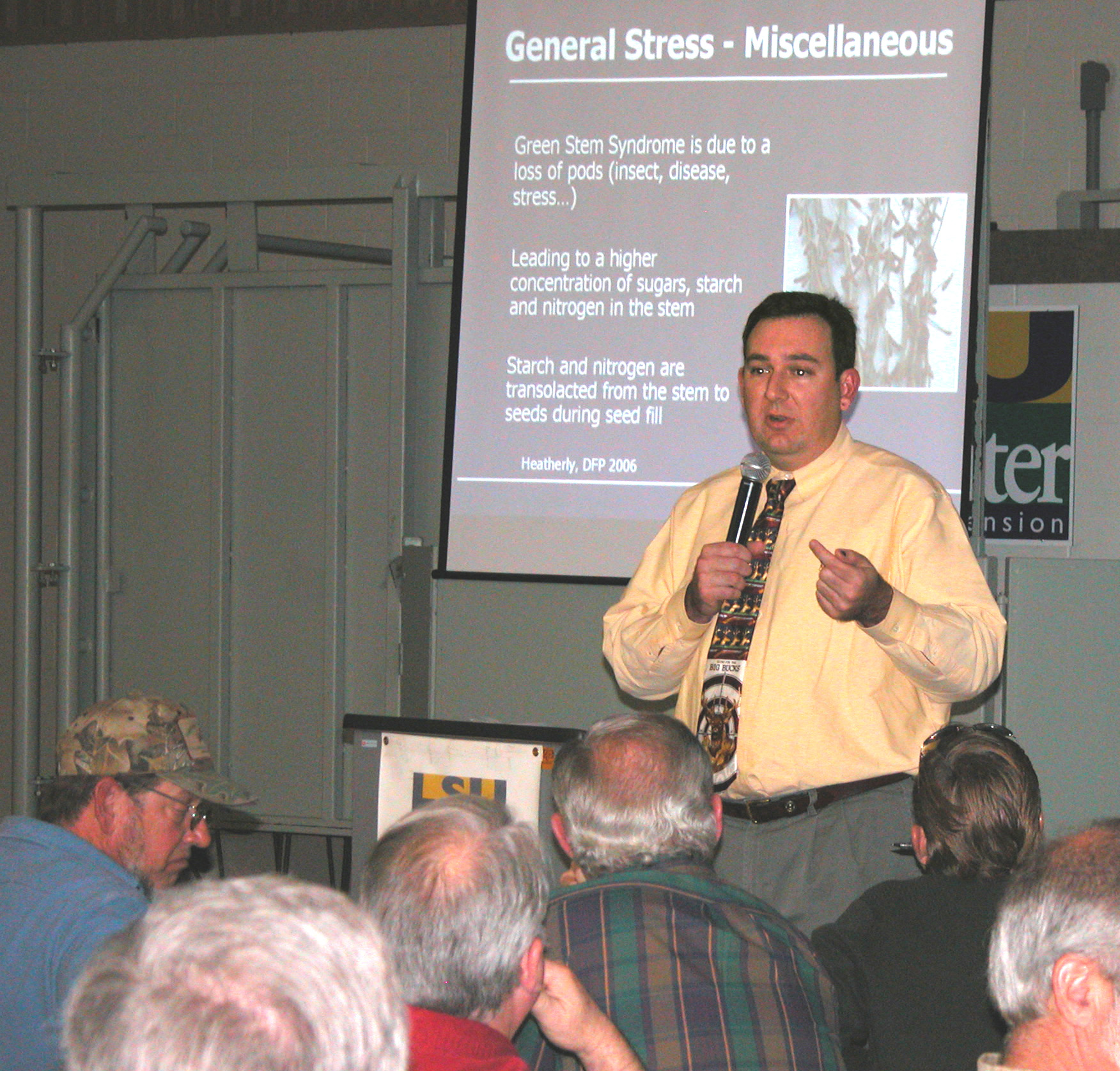 David Lanclos speaking at soybean meeting