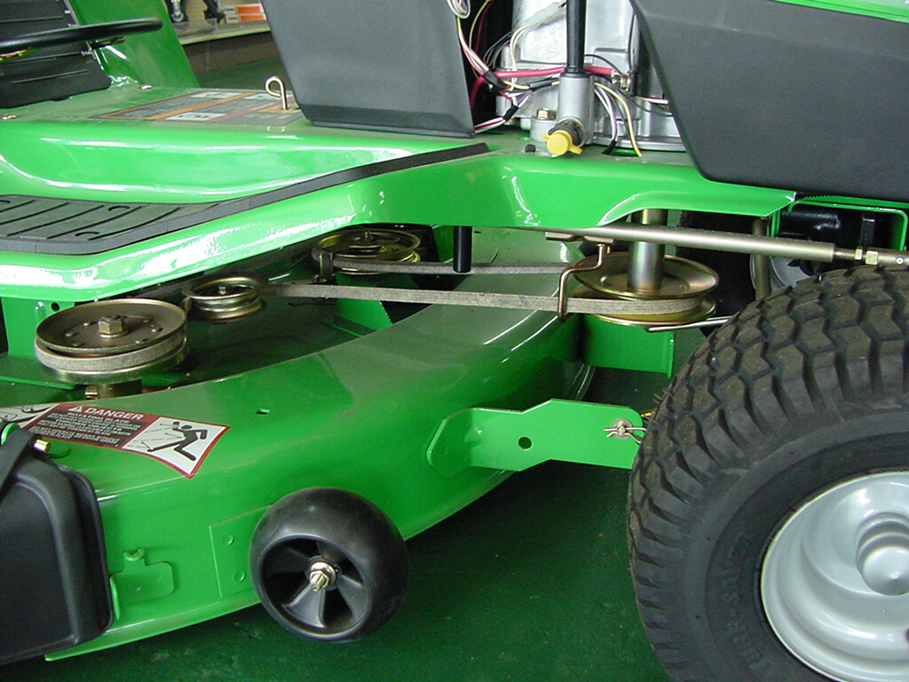 How To Choose a Lawn/Garden Tractor - Power To Implements