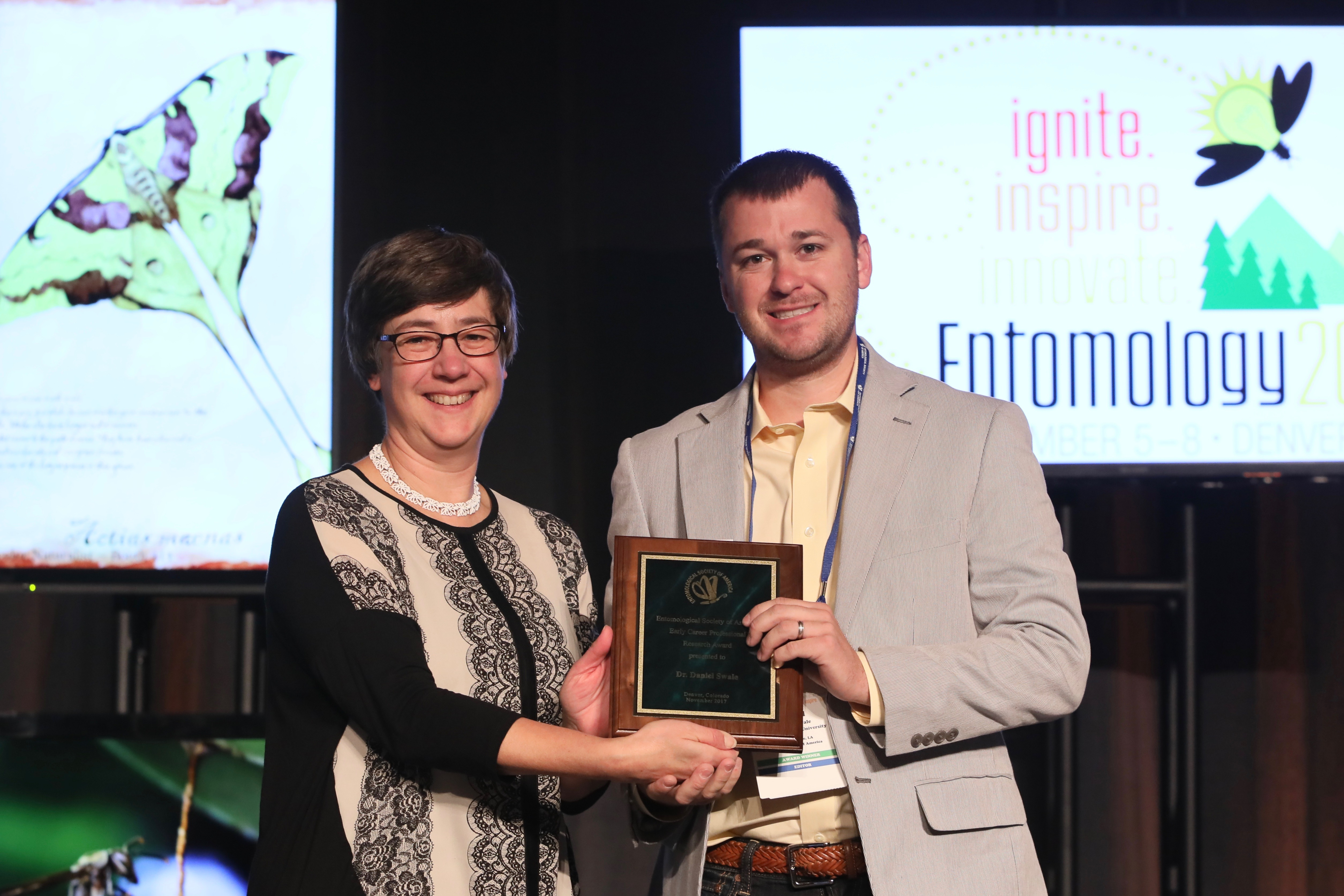 LSU AgCenter entomologists receive national awards