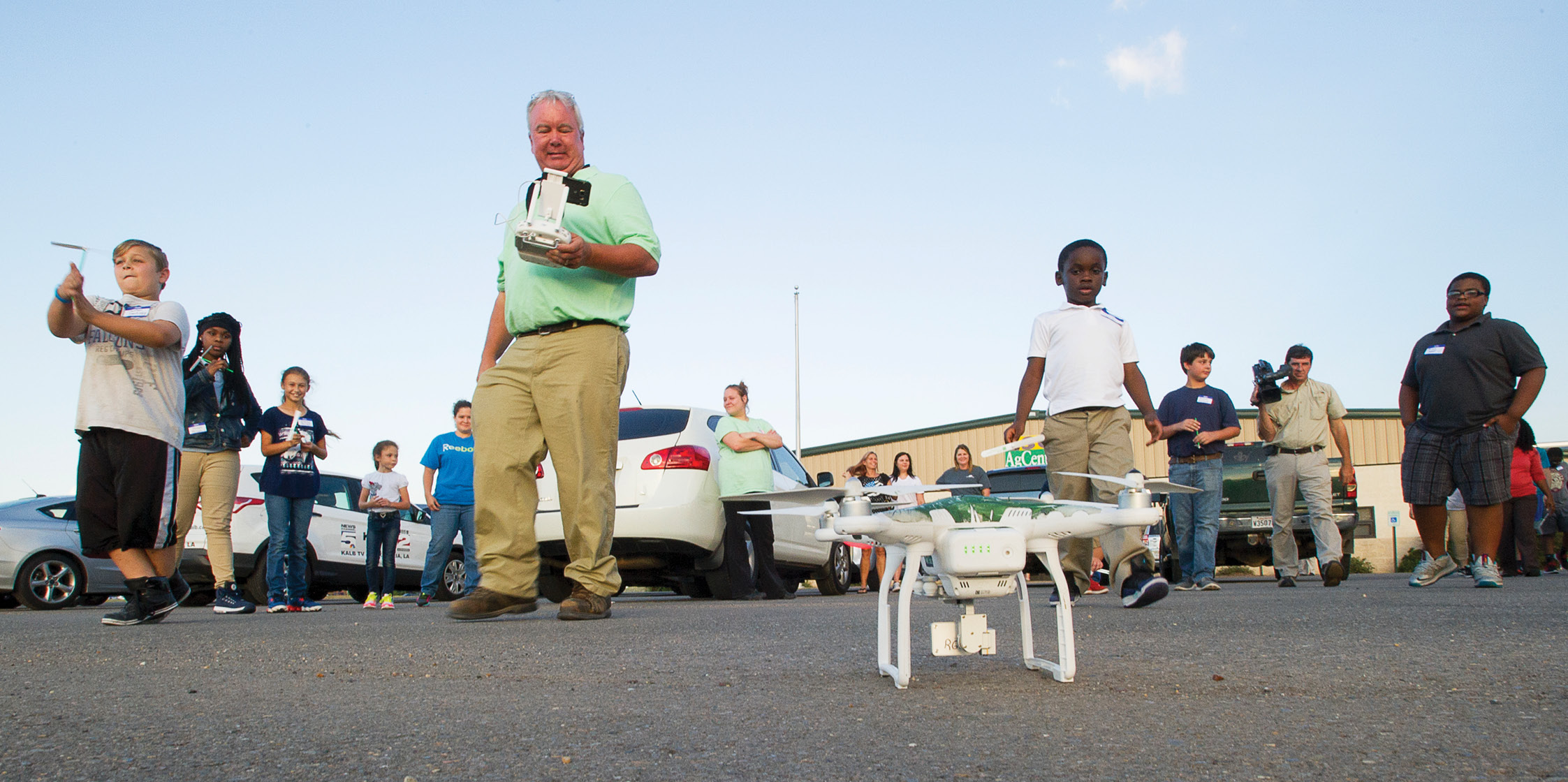 4-H'ers Discover Drones on National Science Day