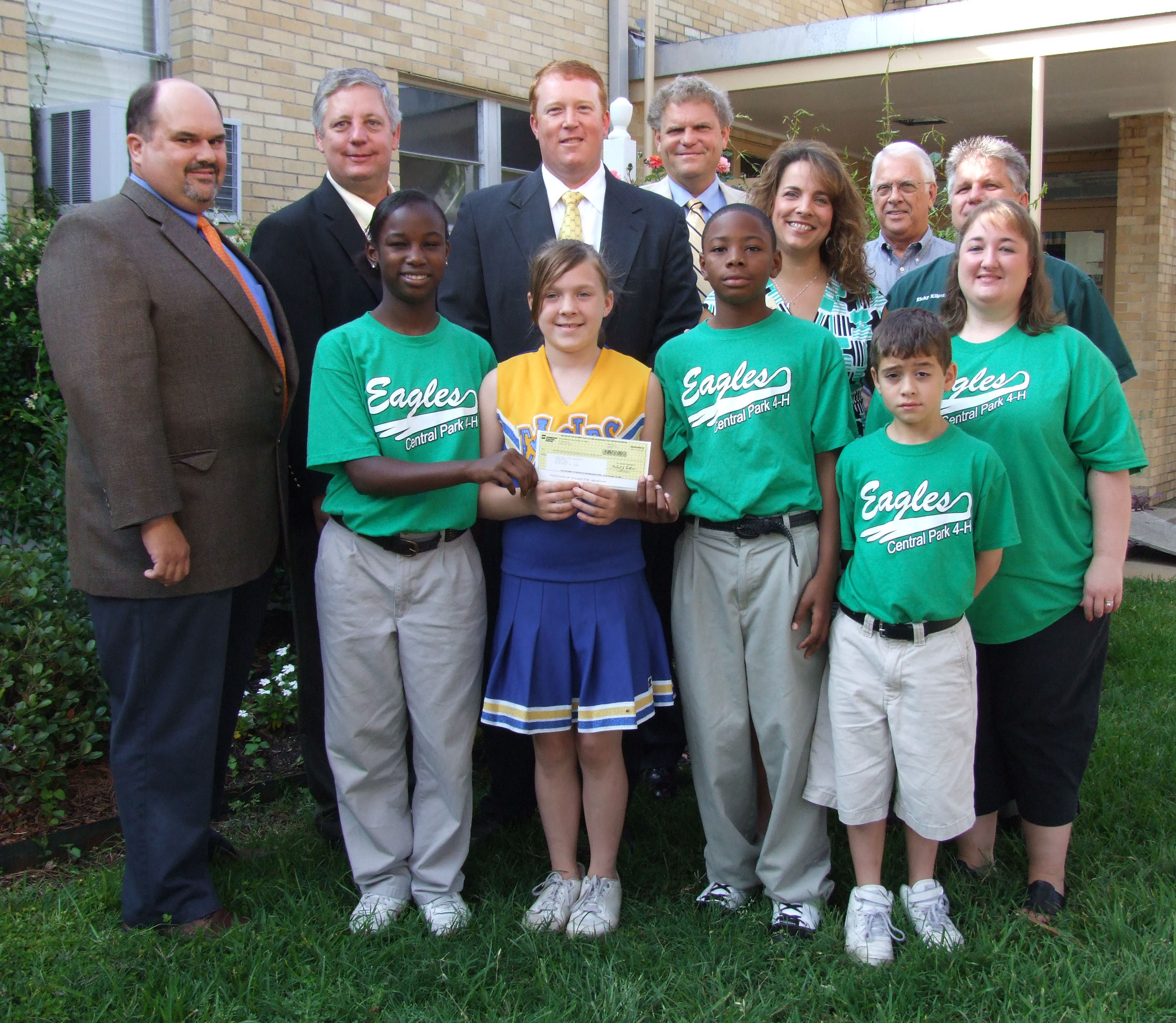 SWEPCO Creates Endowment For 4-H Foundation