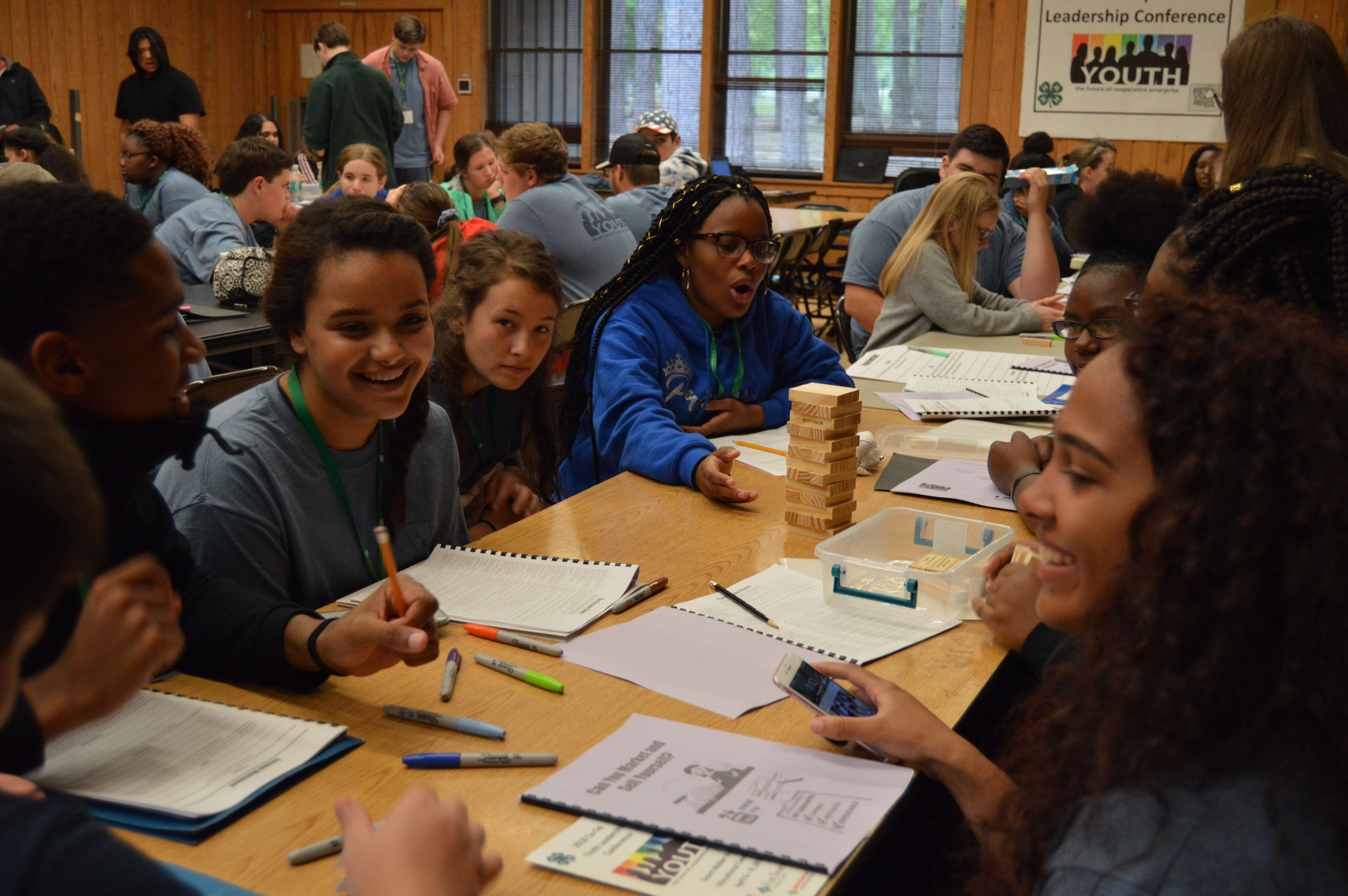 4-H'ers learn about cooperatives at camp