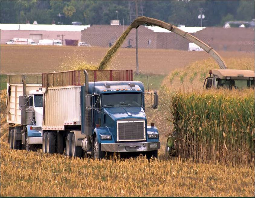 Guide to Safe Trucking During Agricultural Planting and Harvest Seasons