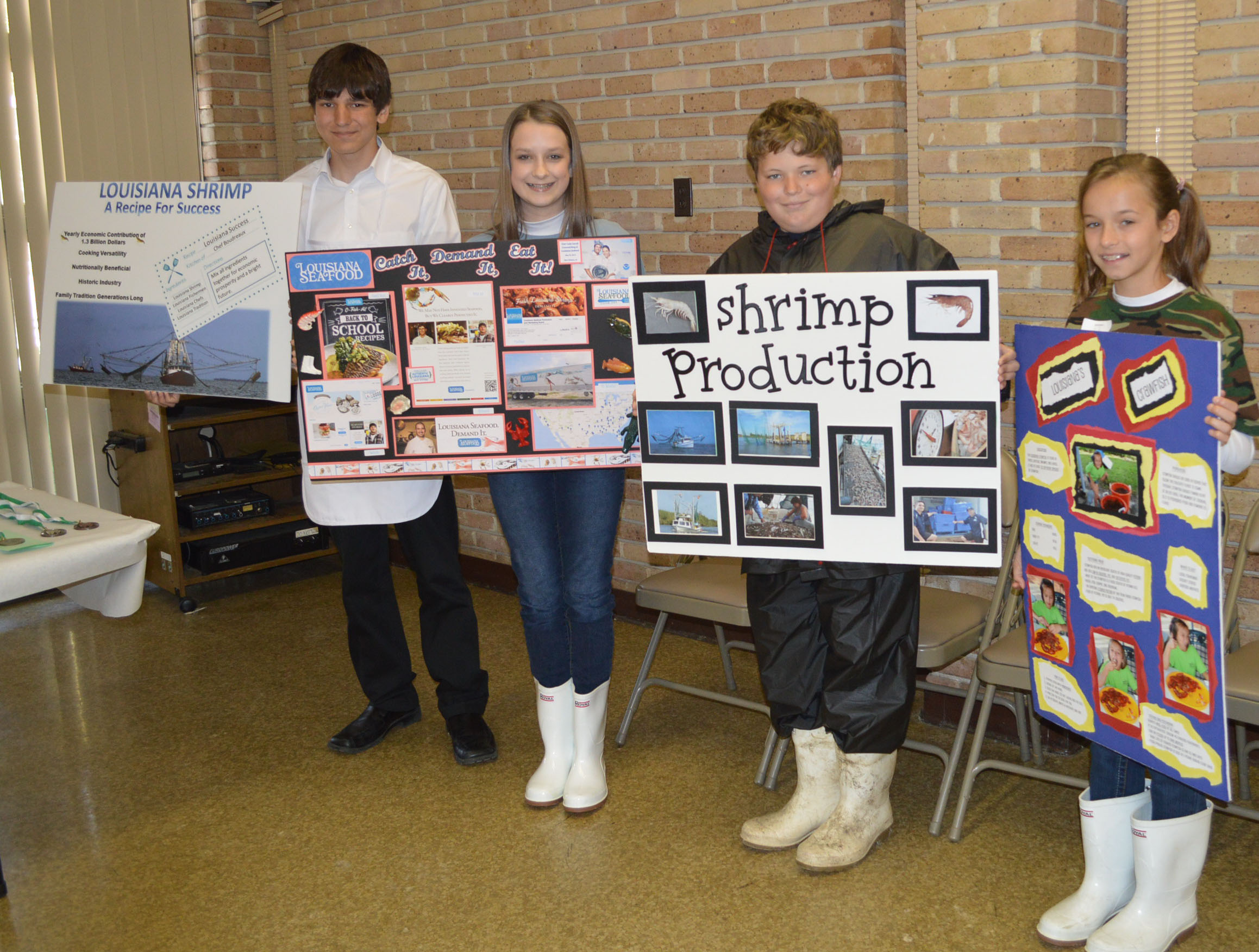 4-Hers participate in Commodity Ambassador contests