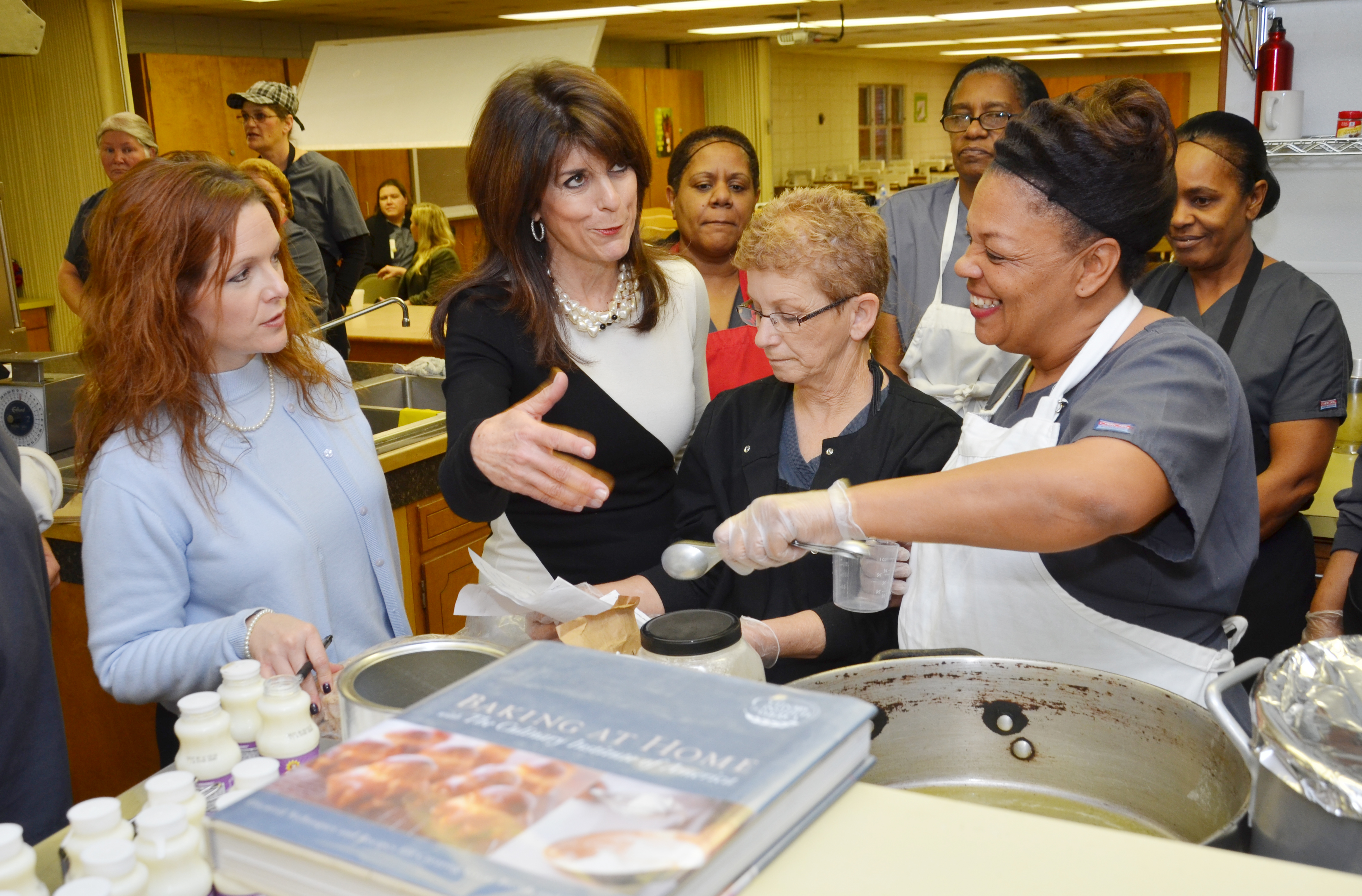 Cookbook author shows ways to bring healthy food to schools