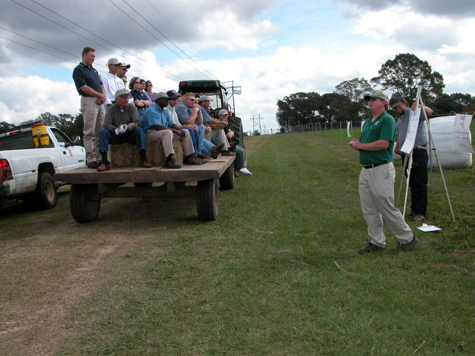 Participants Hear Variety of Research Reports At Dairy Field Day